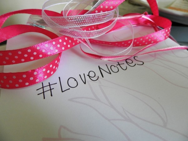 Pond's #LoveNotes