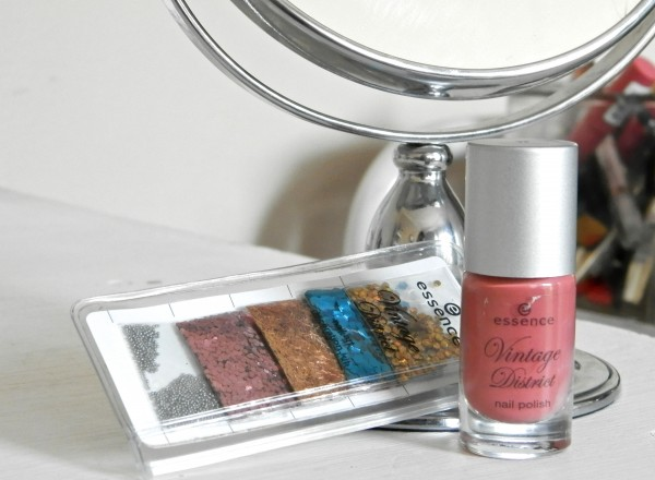 Essence vintage district nail decoration kit in 02 Designer for a day and nail polish in 03 Antique Pink
