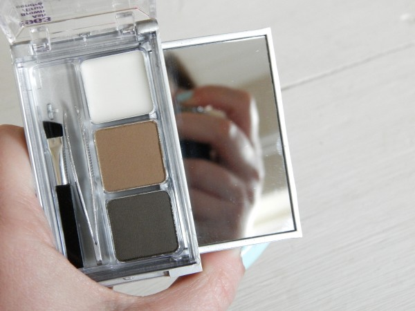 Wet N Wild Color Icon Eyeshadow Coverall Concealer