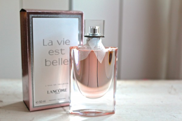 three new fragrances from lancome viktor rolf and. Black Bedroom Furniture Sets. Home Design Ideas