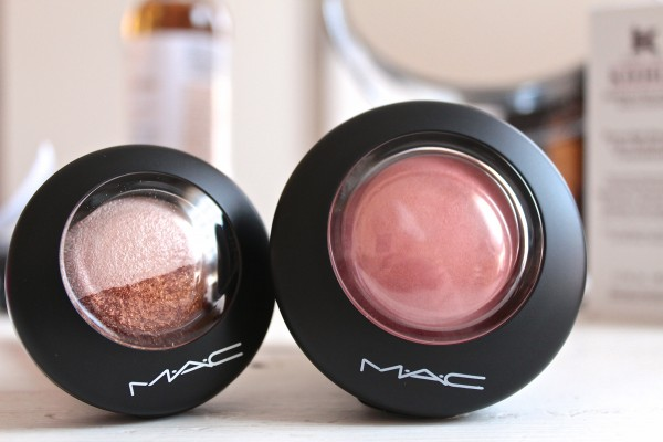 New packaging MAC Mineralise eyeshadow in Spiced Metal and MAC Mineralise Blush in New Romance.