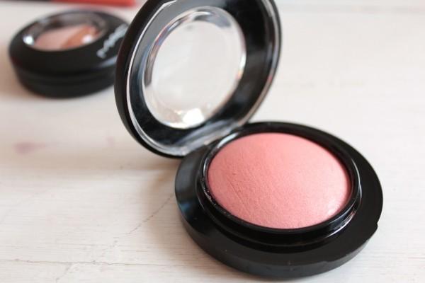 MAC Mineralise Blush in New Romance. Ain't she a beauty?