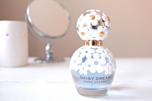 The beautiful Marc Jacobs Daisy Dream bottle