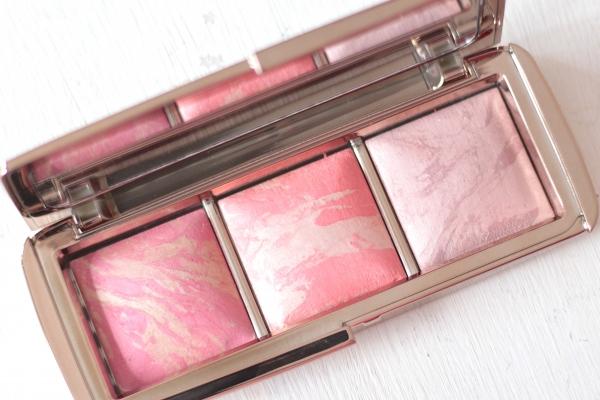 Hourglass Ambient Lighting Blush Palette closeup
