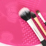 Sigma Spa Brush Cleaning Mat textures close-up