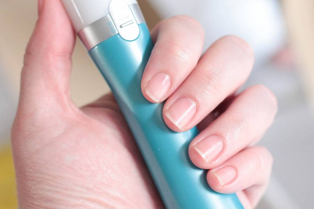 Scholl Electronic Nail File Review + Giveaway